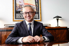 """Andrzej Jelinek - """"Zawodowo zajmuję się tym co mnie pasjonuje - finansami"""""""
