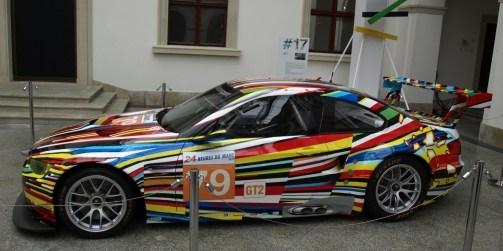 BMW_M3_GT2_Jeff_Koons_2010_(5).JPG